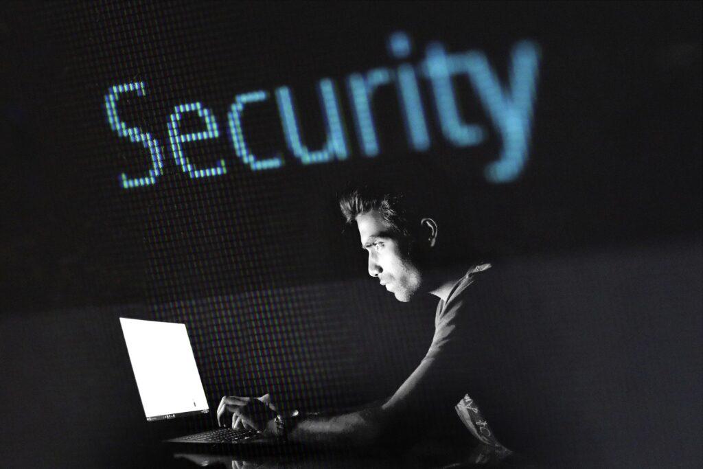 Rispondere ad un attacco informatico in azienda: alcuni consigli